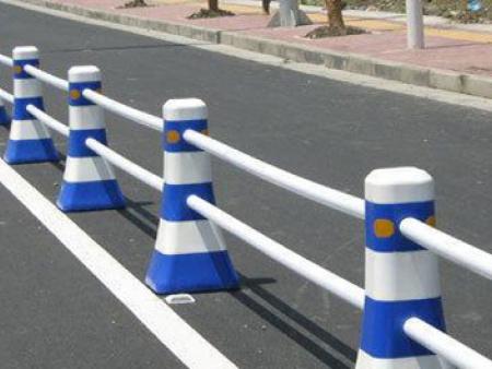 慶陽橡膠停車定位器-優良的慶陽隔離墩西安哪里有售