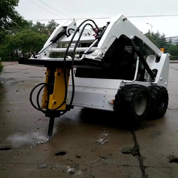連云港滑移裝載機清掃車 哪家好,批發滑移裝載機