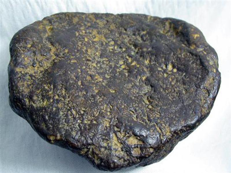 云南琥珀鑒定價格-口碑好的隕石鑒定當選藝隆拍賣
