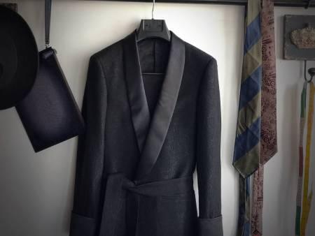 企业大衣定做_高水平的大衣定制当选铠西服定制