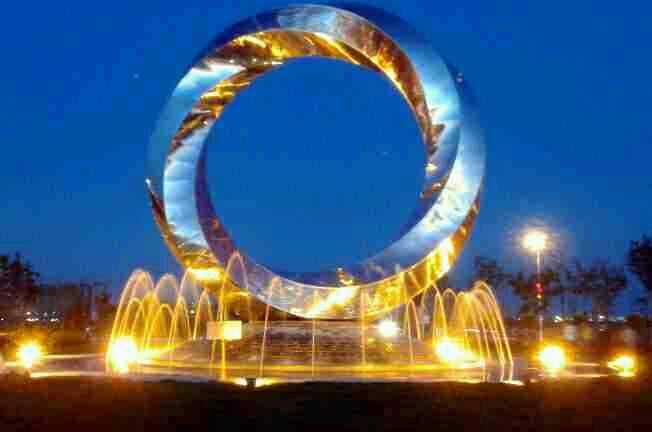 吉林白钢雕塑制作大气,沈阳鲁艺博展雕塑景观工程