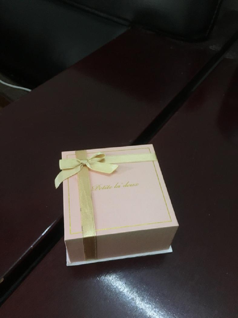 卓美纸品供应同行中性价比高的礼品盒-惠州月饼礼品盒必威体育官网app
