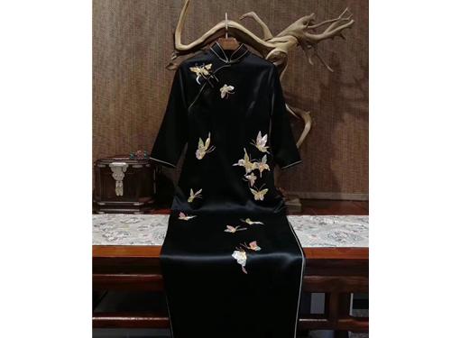 定做旗袍-信誉好的西安旗袍私人定制-优选陕西典中晟