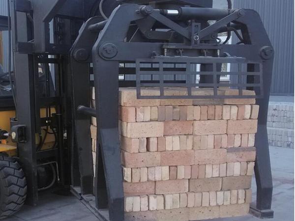 甘肃搬砖机价格/永京丰夹砖车