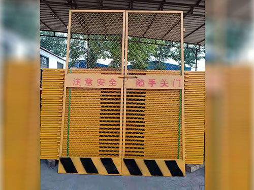 工地施工電梯門-供應滄州品質好的施工電梯門