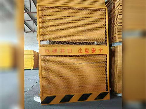 施工電梯門銷售商-買好的施工電梯門當然是到福林五金建材了