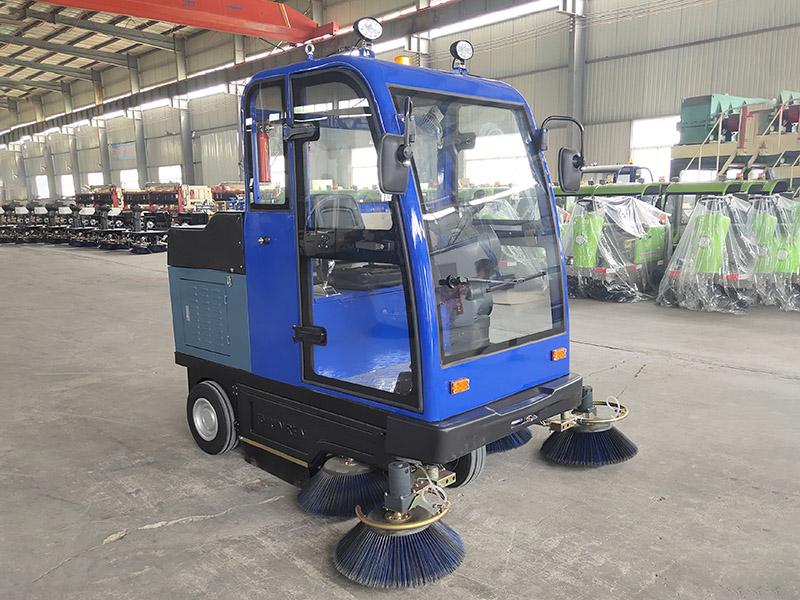 道路清扫车生产厂家-供应质量好的电动扫地车