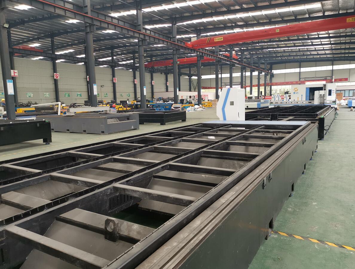 濟源金屬激光切割機_鄭州方菱數控設備提供優良的光纖激光切割機