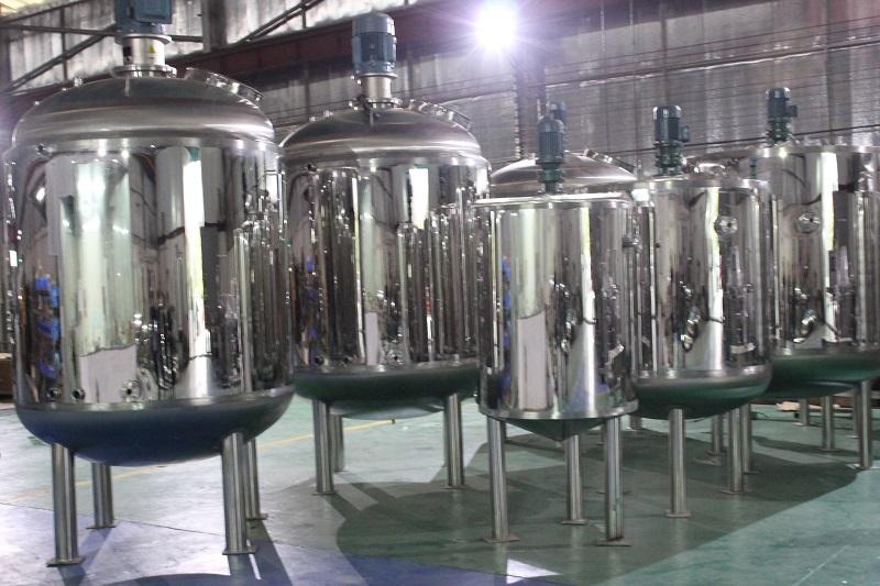 人造奶油攪拌機-嘉溢機械耐用的不銹鋼臥式攪拌罐出售