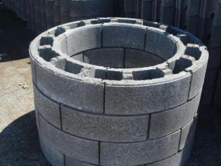 关于辽宁水泥管原料水泥的选择及养护方法