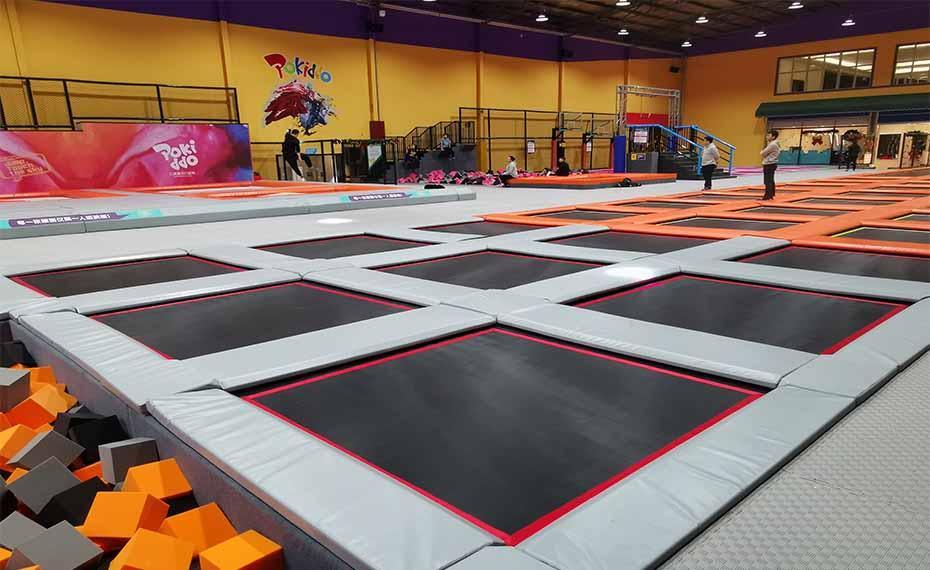 弹力公园加盟-靠谱的健身运动之室内蹦床供应商