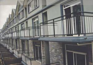 實用的陽臺護欄|河南哪里有供應優良的陽臺護欄鋅鋼鋁合金欄桿