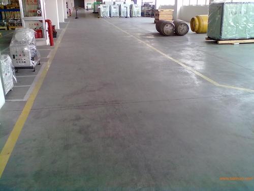 大迈材料厂家-地坪金刚砂的使用方法有哪些|六盘水地坪施工