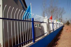 四川圍墻護欄兩橫桿-軒澤實業出售超值的軒澤鋅鋼兩橫桿圍墻護欄