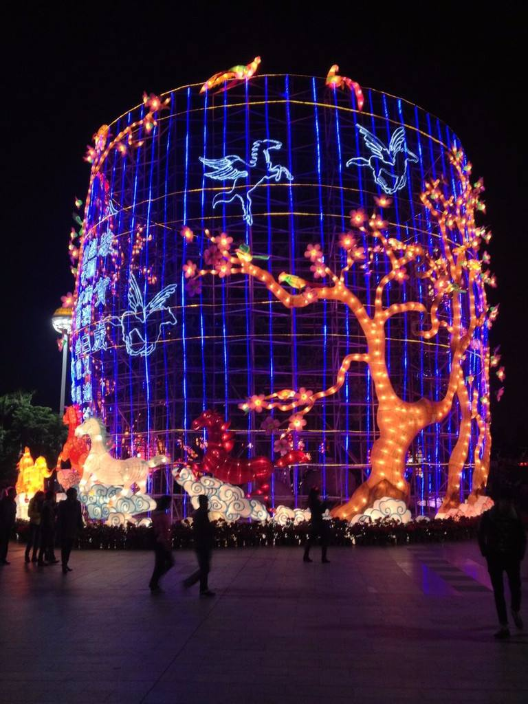 銀川彩燈制作廠家,節日盛會選擇寧夏軍藝雕塑