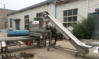 新乡森科全套果酒加工设备,5吨/时鼠笼破碎机技术先进