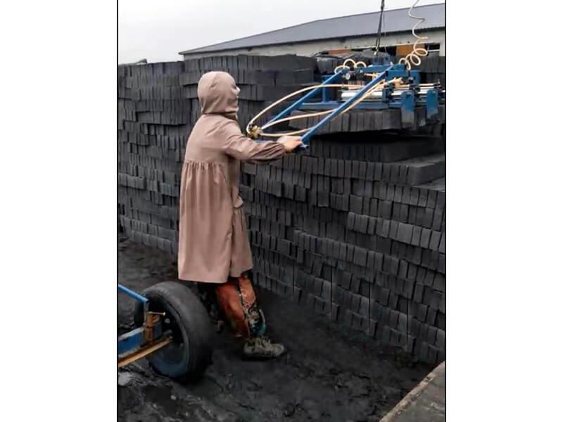 云南小型抱砖机厂家-口碑好的自动抱砖机供应