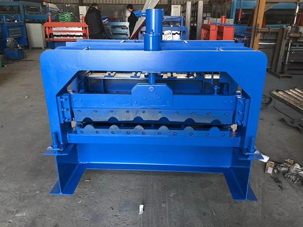 琉璃瓦壓瓦機