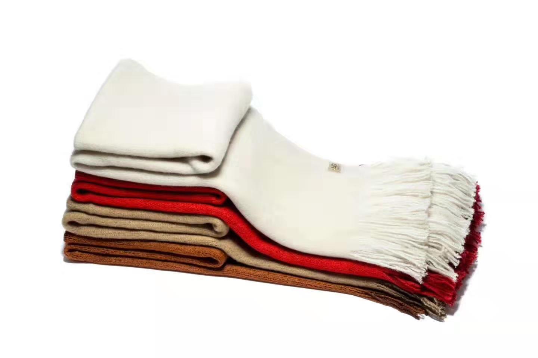福建莆田UGG羊毛线两面双用围巾厂家一手货源免代发