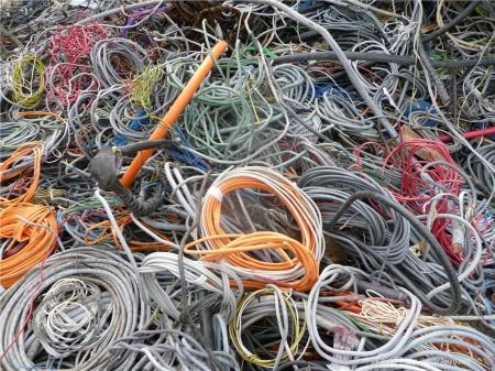 金屬回收廠家-想要口碑好的哈爾濱電纜回收就找哈爾濱金順物資回收
