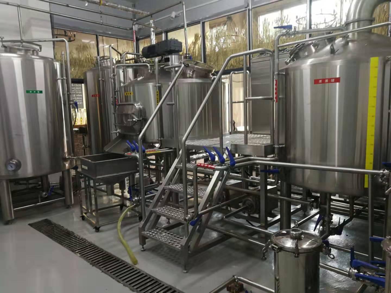 精酿啤酒设备定做 报价合理的小型啤酒生产线,惠州金麦源倾力推荐