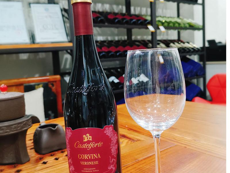 哪兒有批發口碑好的進口紅酒-優質原裝進口紅酒