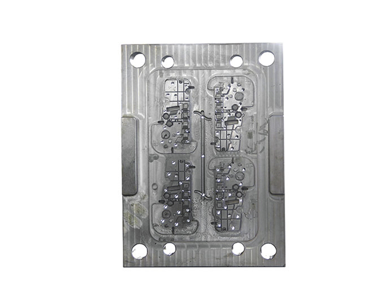 数控模具钻孔机—立式钻孔机—利工科技