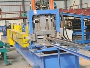安徽C型钢生产线亚洲图片区_性能好的C型钢机当选震宇压瓦机