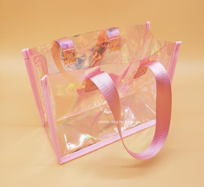 廣州PVC透明手提袋廠家-想要購買PVC手提袋請鎖定鴻泰PVC膠袋廠
