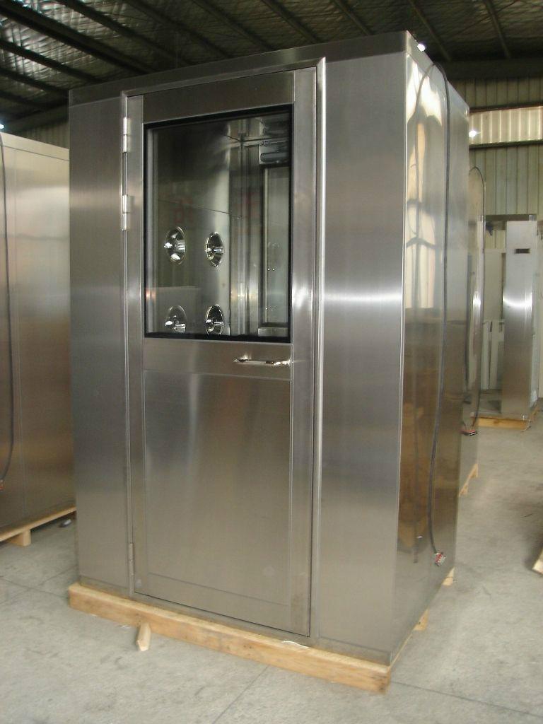 三开门不锈钢风淋室-正维净化质量可靠的单人双吹净化不锈钢风淋室出售