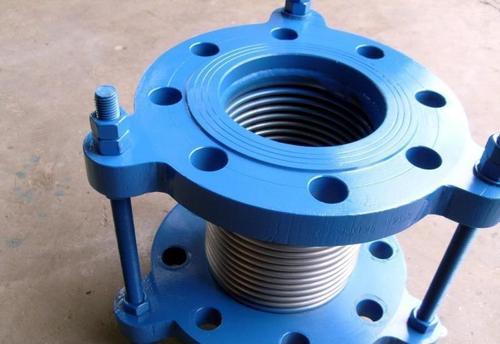 西安热力管道补偿器用套筒补偿器好使用寿命增加