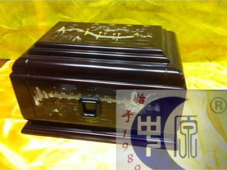 沈阳骨灰盒-专业定做-中原殡葬