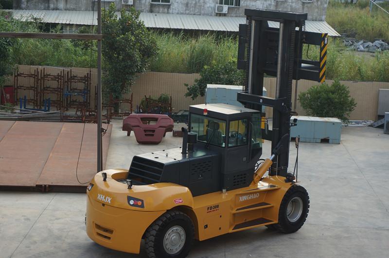 30吨叉车销售-优良的30吨叉车供应信息
