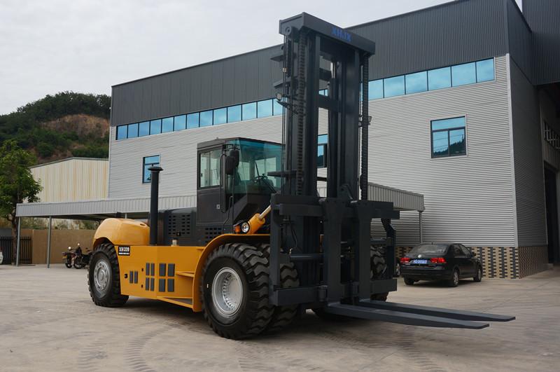 32噸叉車多少錢_信譽好的32噸叉車供應商_興皓機械