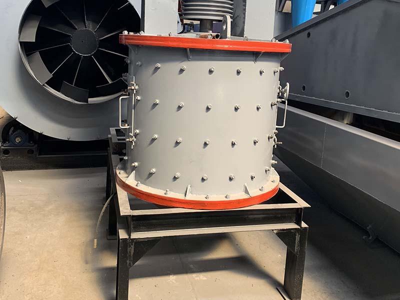 厂家生产立轴式制砂机-河南昌鼎机械设备有限公司