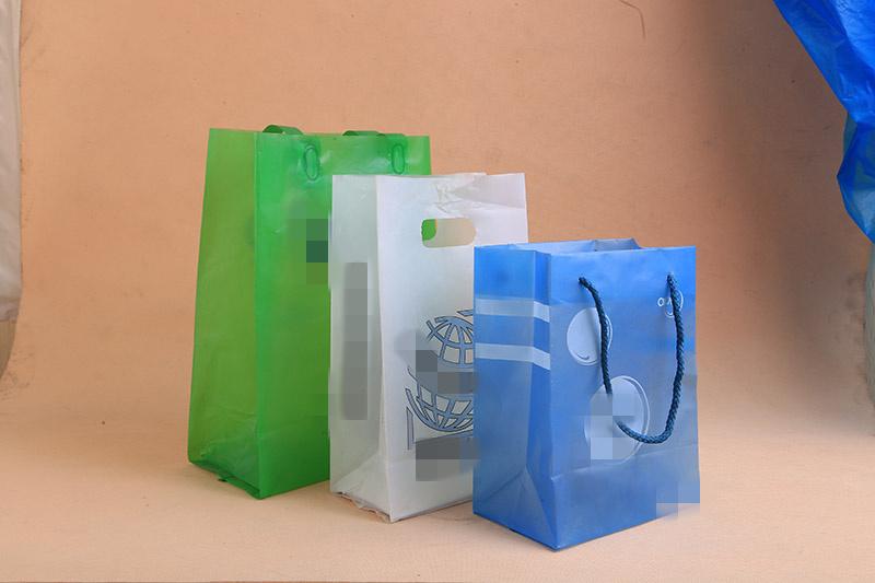龍巖塑料手提袋|想購買品質好的手提袋,優選偉育包裝