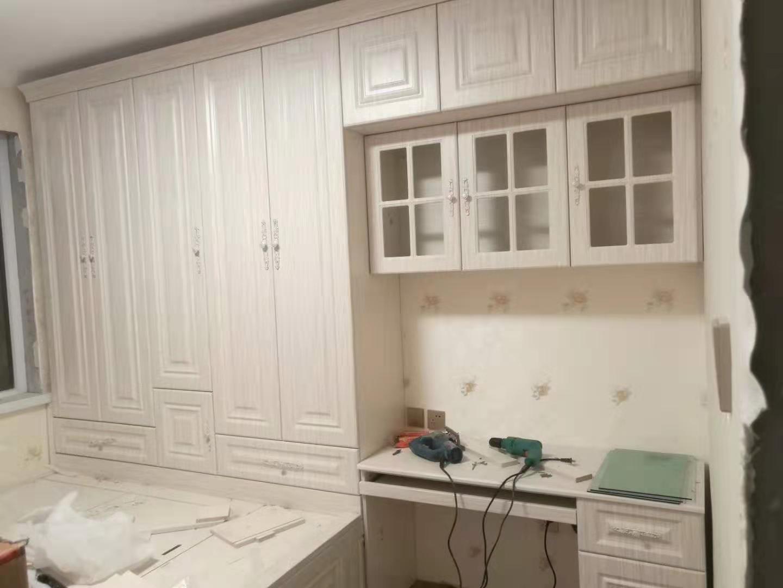 格尔木整体衣柜_西宁家具定制就找豪庭全屋定制家具厂