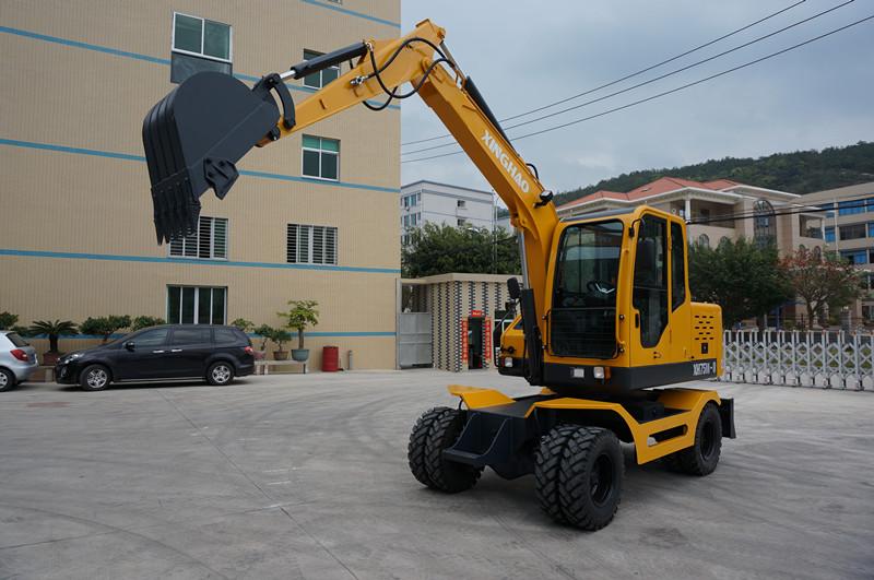 莆田轮式挖掘机图片-选购价格公道的轮式挖掘机就选兴皓机械