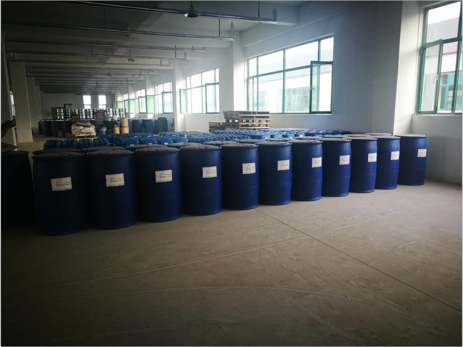 我司主營高純正丁醚,99.5%含量全新藍色塑料桶,罐車也有