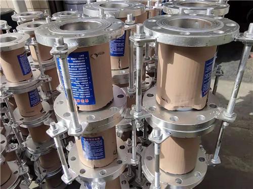 西安304不锈钢补偿器-昌源管道供应暖气管道通用型补偿器