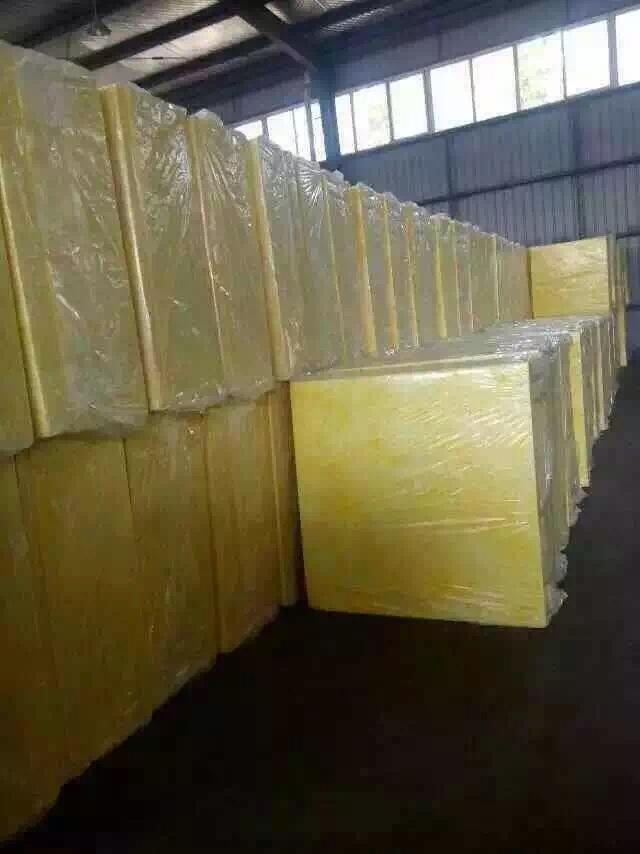 新疆質量好的新疆耐火保溫材料供應,克拉瑪依硅酸鋁針刺氈