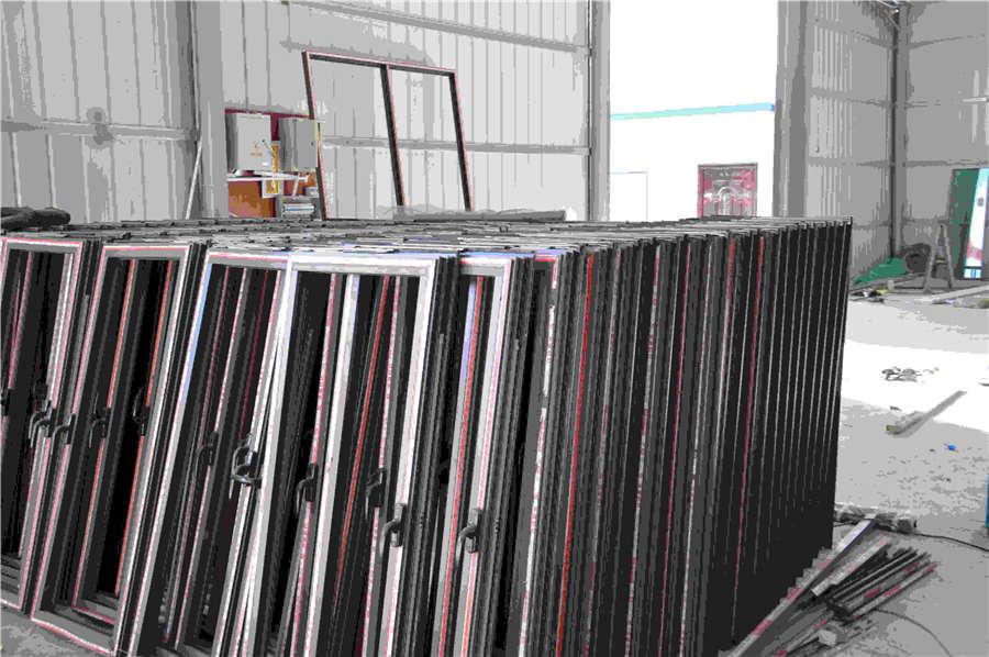 西藏代理门窗厂_西藏优良的门窗供应出售