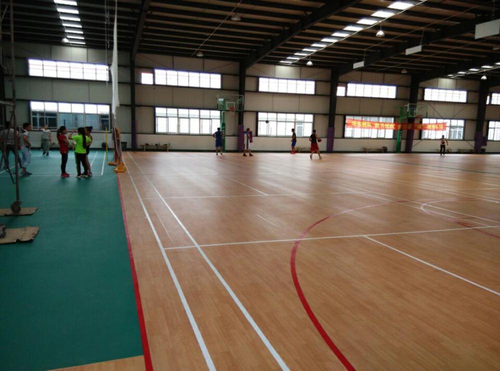 广西室内篮球木地板_山东室内木地板球场_山东室内篮球场木地板
