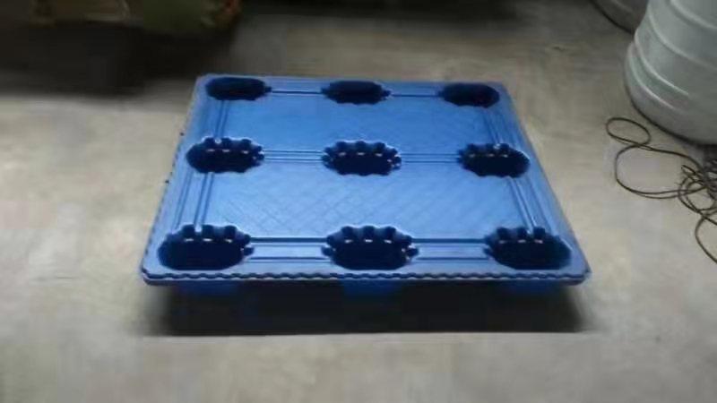找哈尔滨叉车塑料托盘|哈尔滨塑料托盘-找哈尔滨永生容器