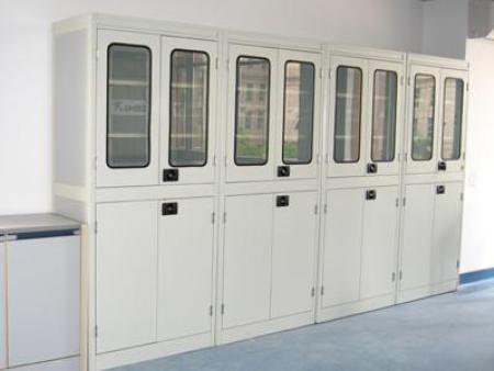 辽宁药品柜:通风药品柜的分类及维护保养