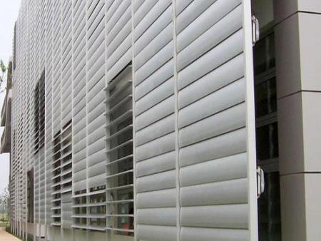 沈阳外墙防雨百叶安装,沈阳市杰杰伟业空调风口组装坊