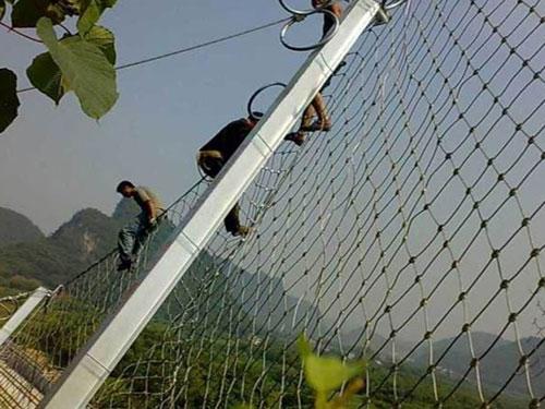 山體滑坡柔性被動攔石網-15131856266邊坡被動防護網