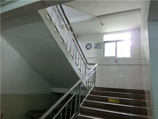 醫院房屋抗震鑒定_找機電建筑設計院