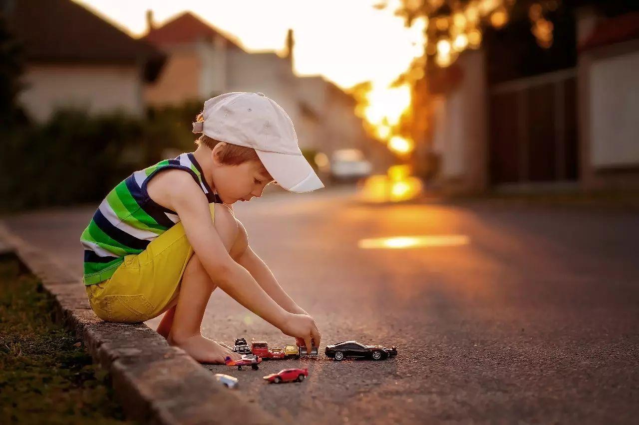 孩子冷漠,自闭症 ,自闭症表现