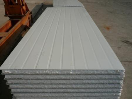 沈阳彩钢板安装厚度标准的选择